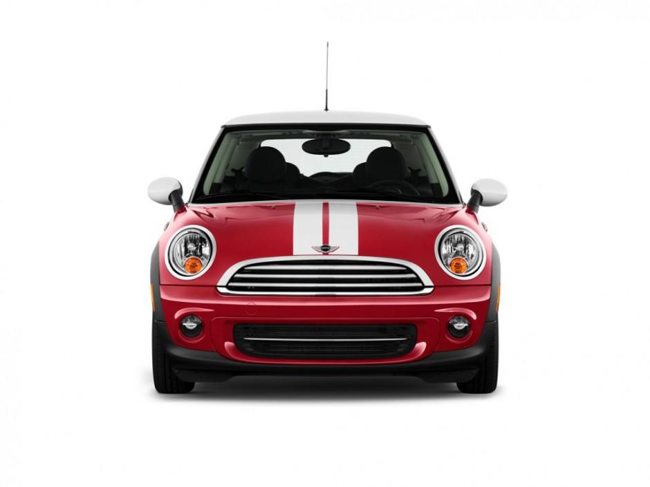 Waarom zien we zo'n schattig gezichtje in de Mini Cooper