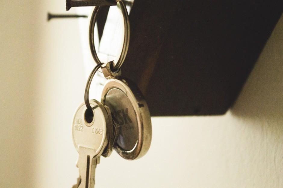 Gekte op de woningmarkt: de psychologische troeven van de makelaar