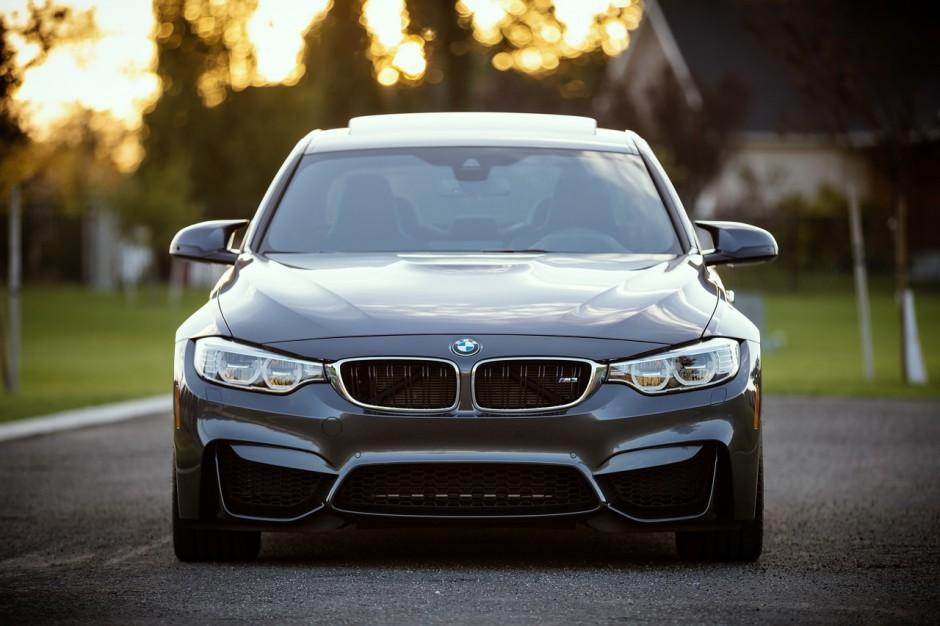 Dominantie op de achterbumper: compenseren met een dikke BMW